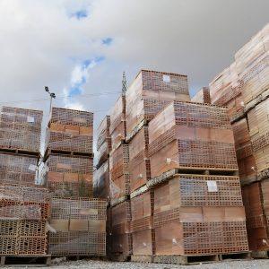 ladrillos-materiales construcción-tabiques-bloques-prefabricados